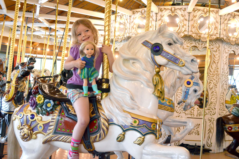 Riverfront Park Spokane Carousel - Mommy Scene