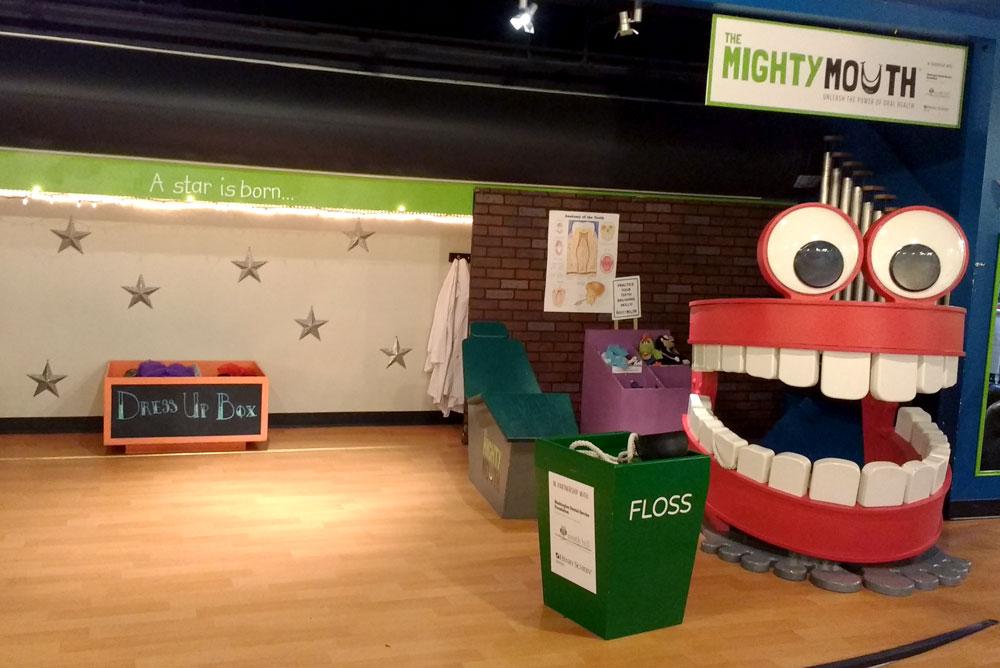 Spokane Children's Museum Mobius dress up stage and dentist corner - Mommy Scene