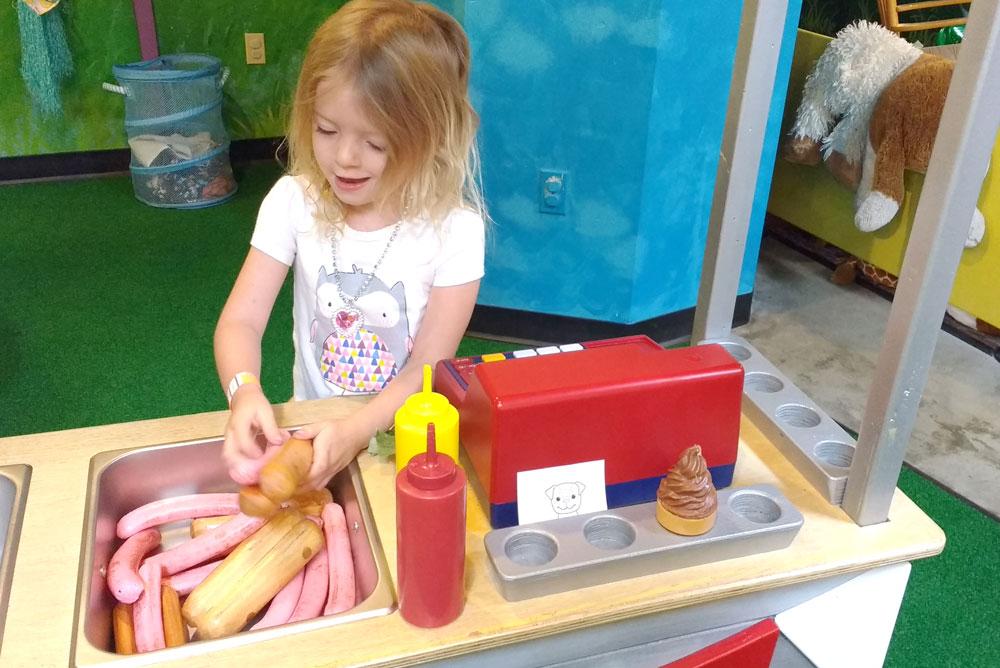 Spokane Children's Museum hamburger station - Mommy Scene