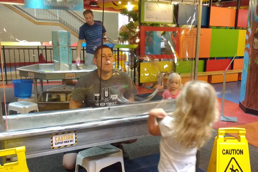 Spokane Children's Museum Mobius bubbleology huge bubble maker - Mommy Scene
