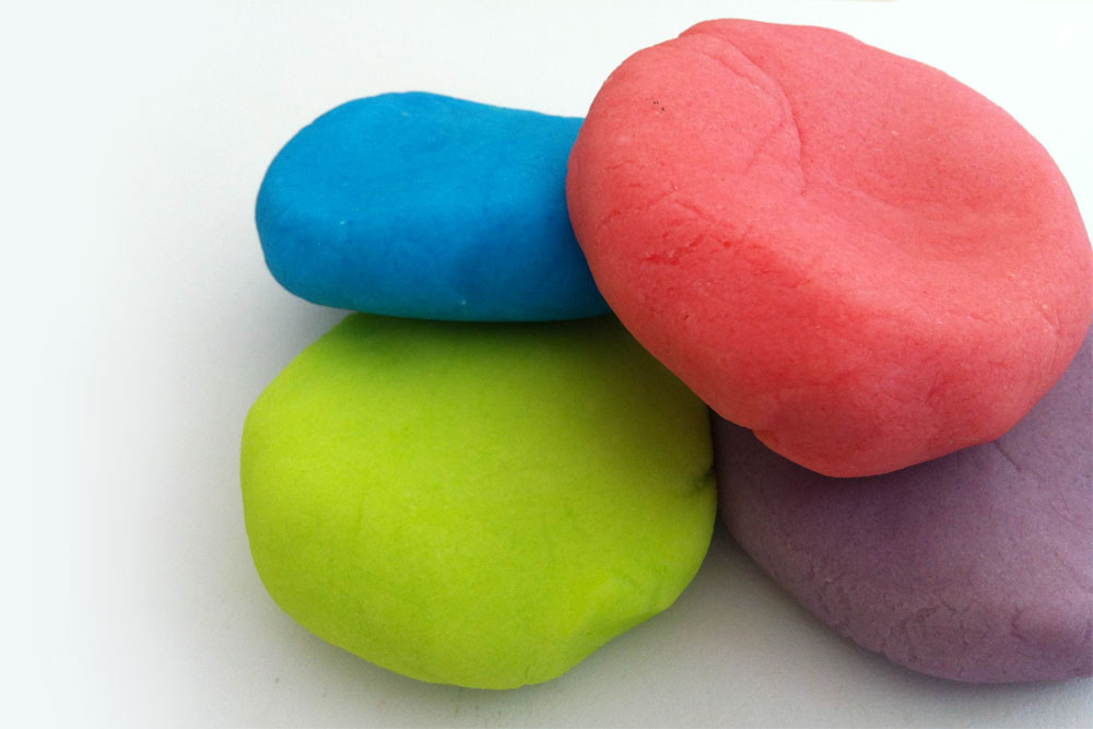 Jello Play Dough for Summer fun with kids - Mommy Scene