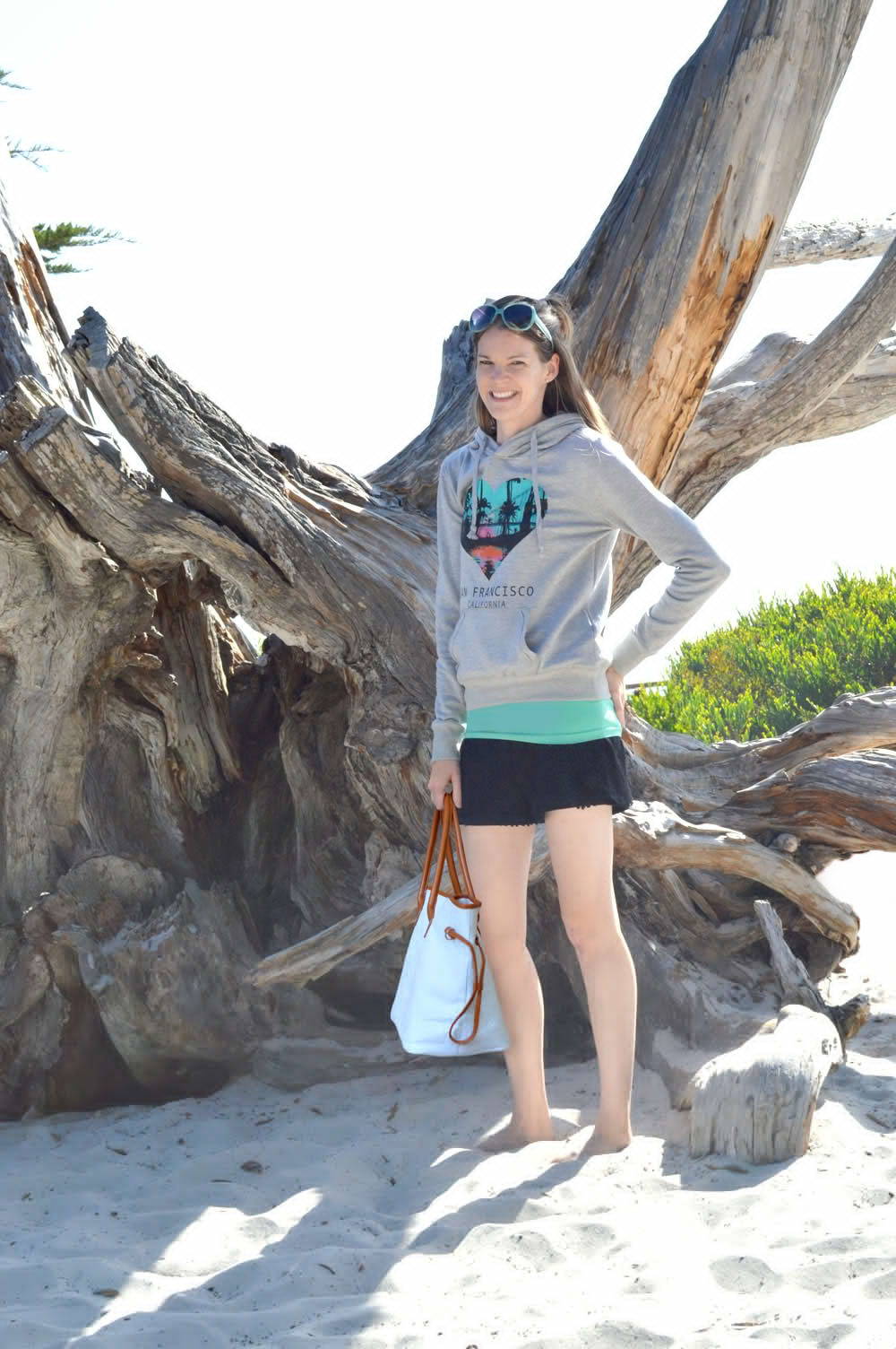 Take gear to the beach with a KraftyChix monogrammed tote bag - Mommy Scene