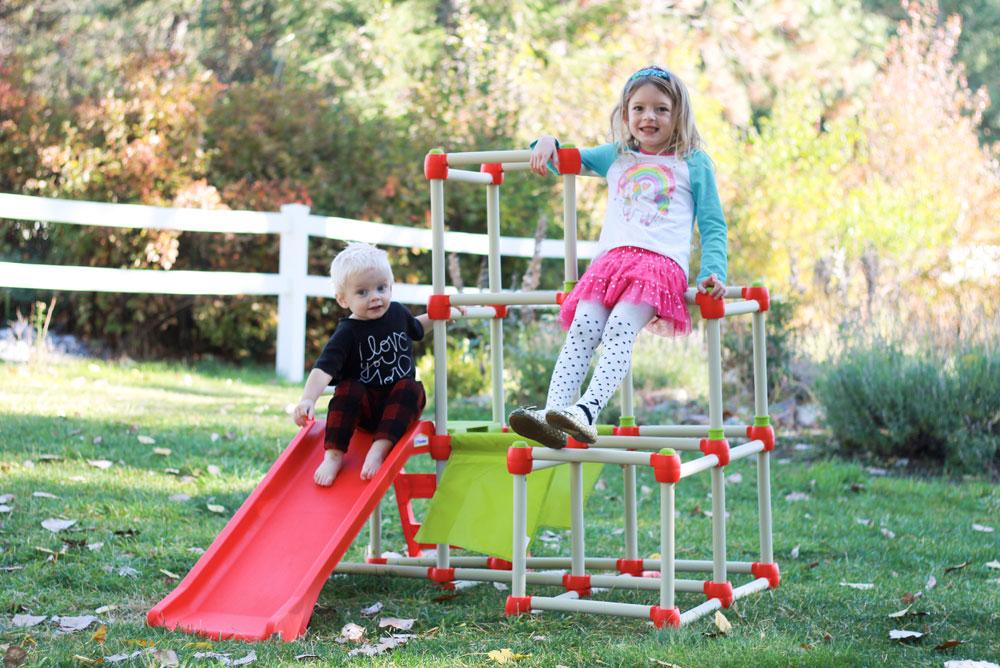 3 Little Monkeys jungle gym for kids - Mommy Scene