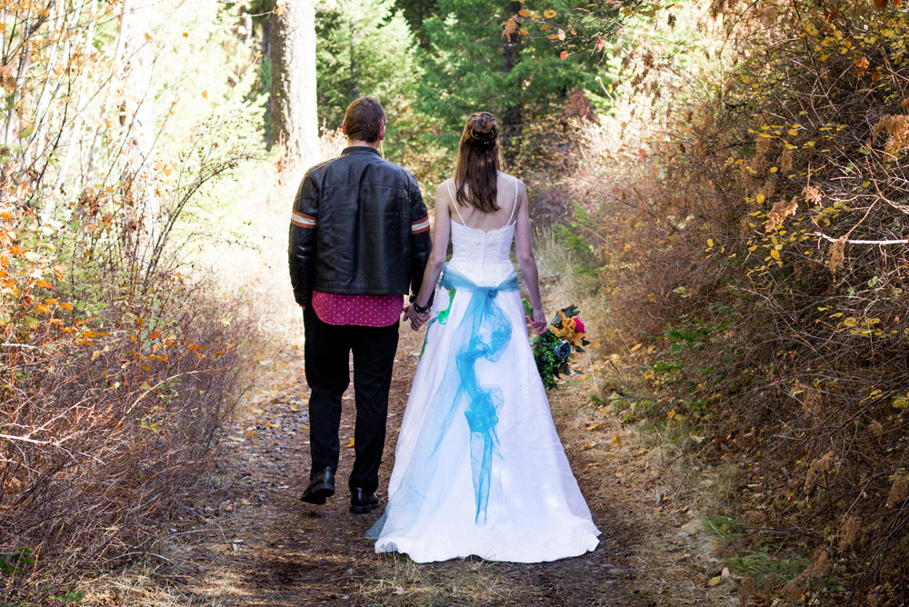 Colorful fall wedding photos