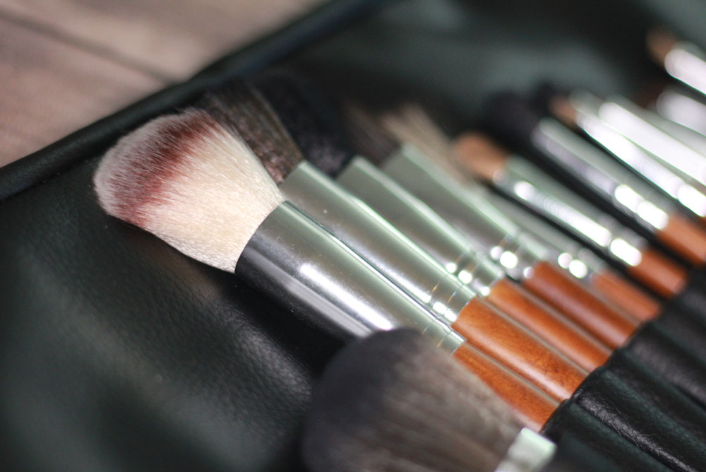 Vanity Planet Makeup Brush Set and gift idea - Mommy Scene