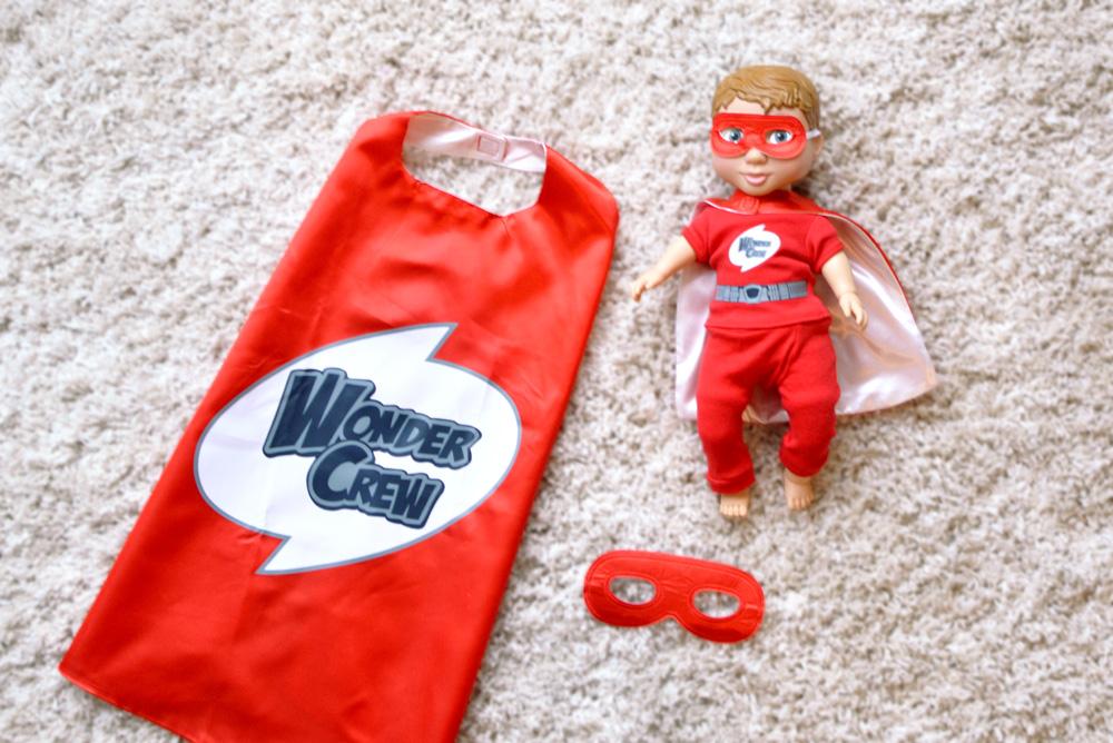 Wonder Crew doll and superhero cape set - Mommy Scene