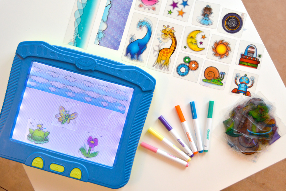 Crayola Magic Scene Creator interactive kids' activity - Mommy Scene