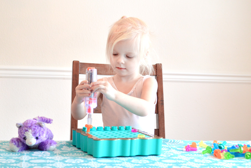 Design and Drill SparkleWorks STEM kids' activity - Mommy Scene