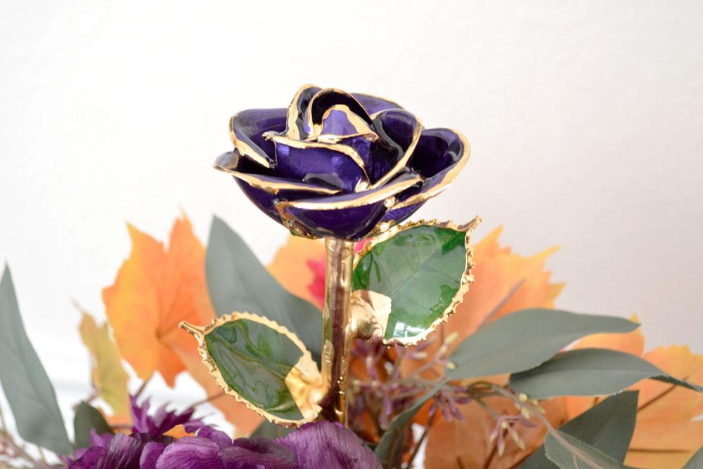 Gorgeous 24k gold dipped Eternity Rose - Mommy Scene