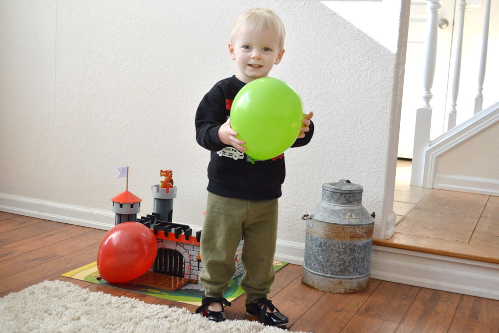 Toddler Homeschool Activities - Balloons and Tap Shoes - Mommy Scene