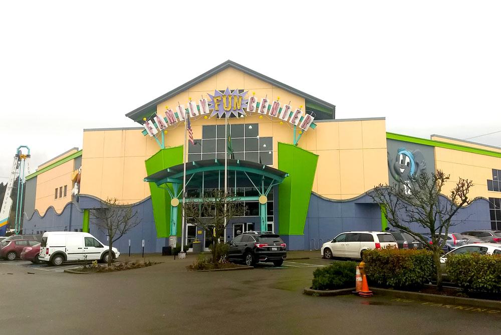 Tukwila Family Fun Center near Seattle - Mommy Scene