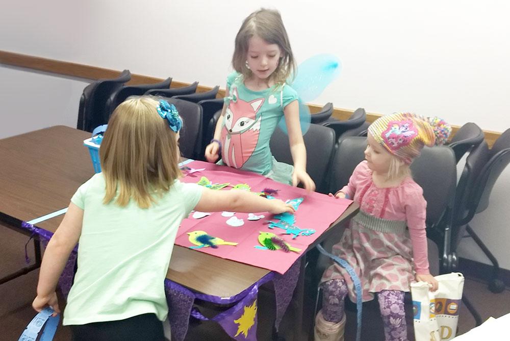 Hayden Library kids craft fair activity