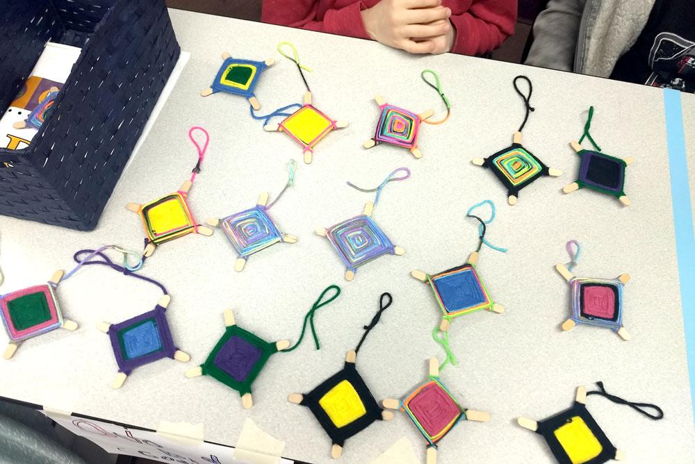 Hayden Library kids craft fair yarn diamonds