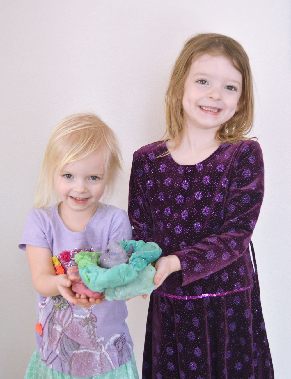 Fun rainbow playdough kids activity