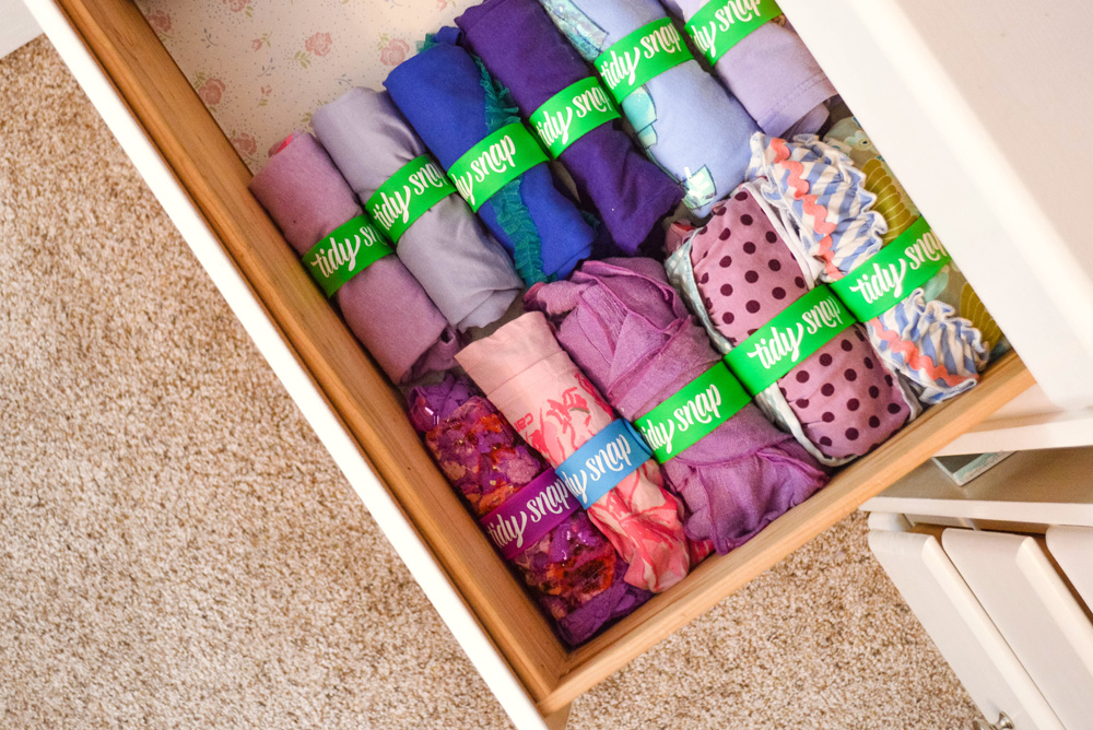 Keep clothing drawers organized with Tidy Snap