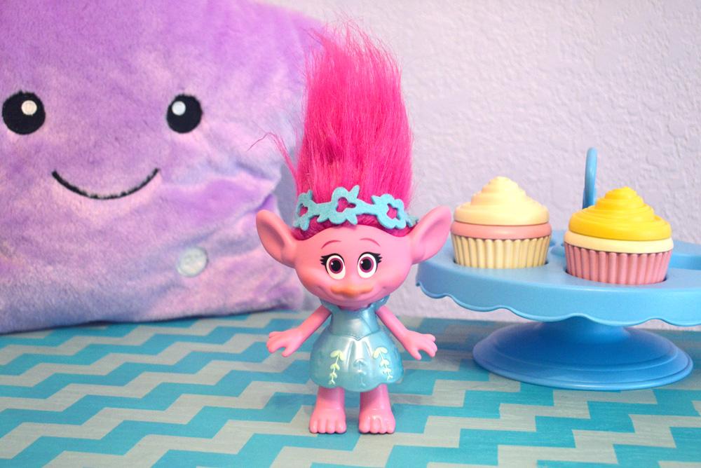 DreamWorks Trolls hairplay dolls