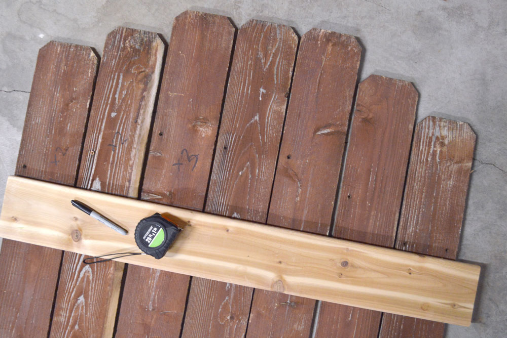 How to make a DIY Wooden Fence Board Bench