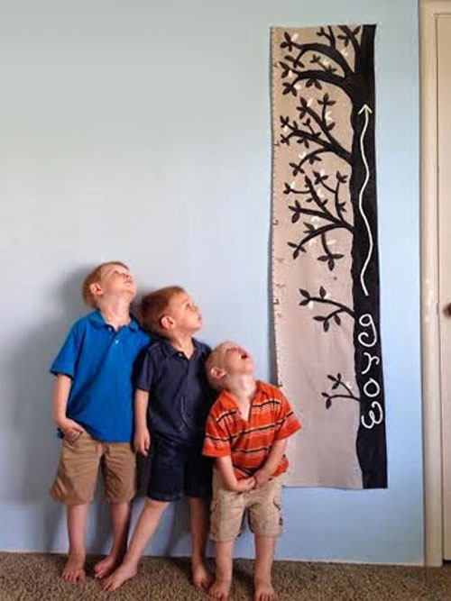 DIY Painted Canvas Growth Chart