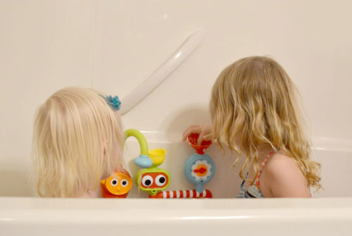 Yookidoo submarine station fun bath activities - Mommy Scene