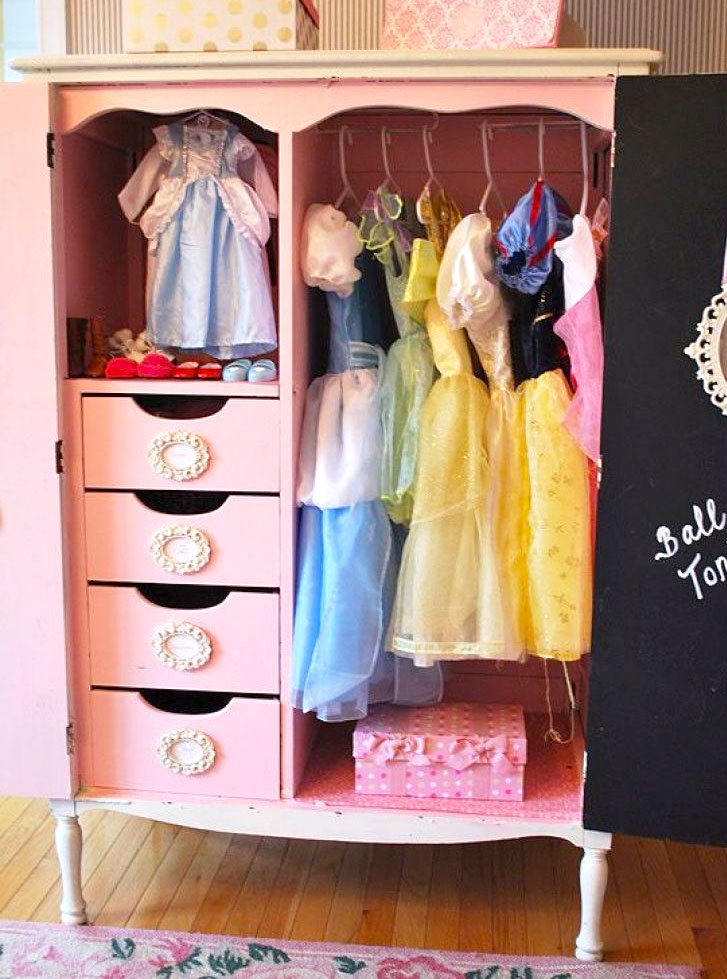 How to organize baby clothes dress up wardrobe