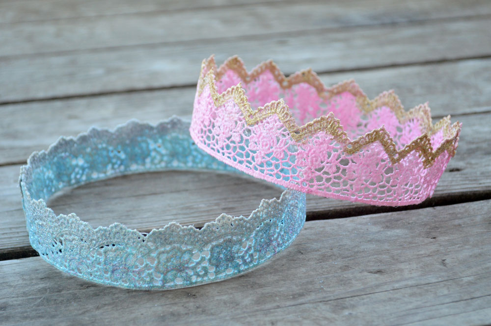 Easy DIY Homemade Lace Glitter Crowns
