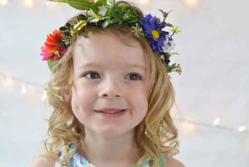 L'enfant D'or dress and flower crown - Mommy Scene