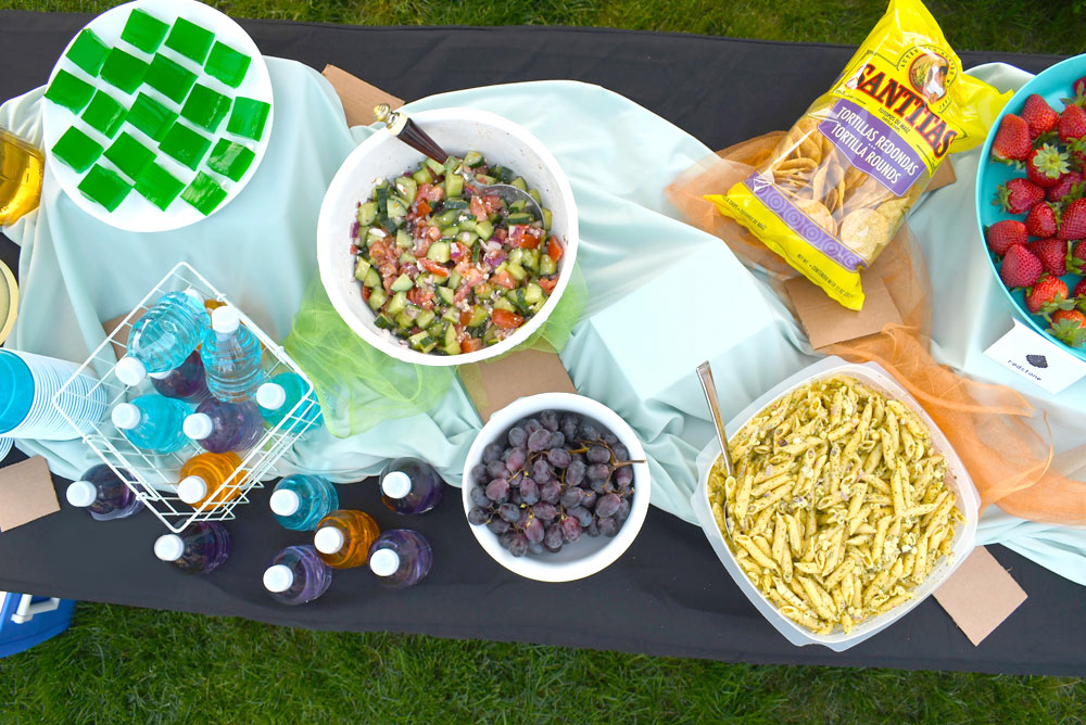 Kids Minecraft birthday party food and snacks