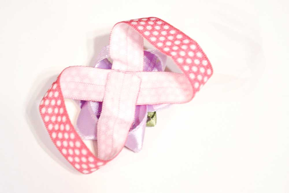 Darling no-sew baby flower barefoot sandals DIY craft