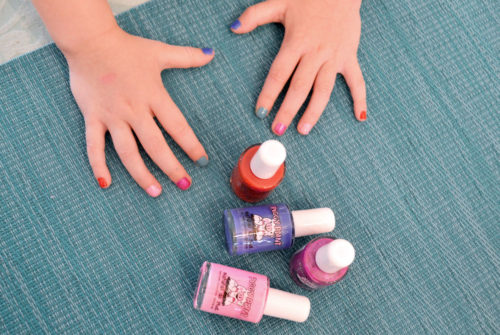 Natural nail polish solutions for little girls - Mommy Scene