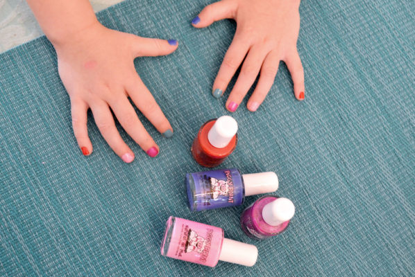 Natural Manicure & Pedicure Ideas