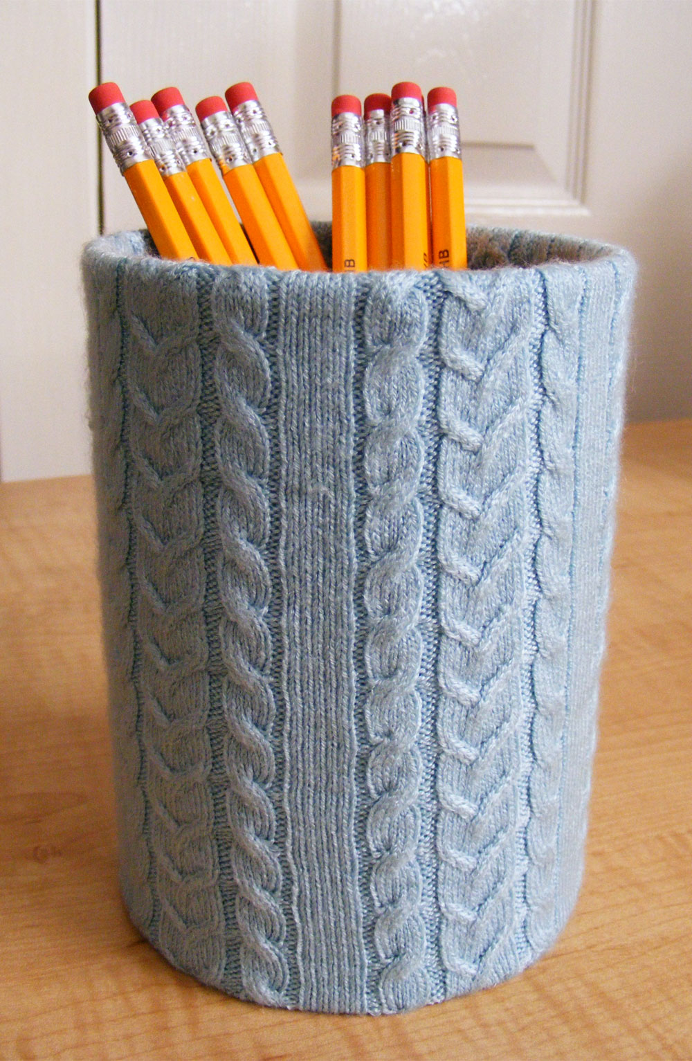 Knitted Pencil Holder Desk Accessory