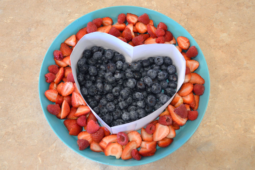 DIY Heart Shaped Fruit Platter