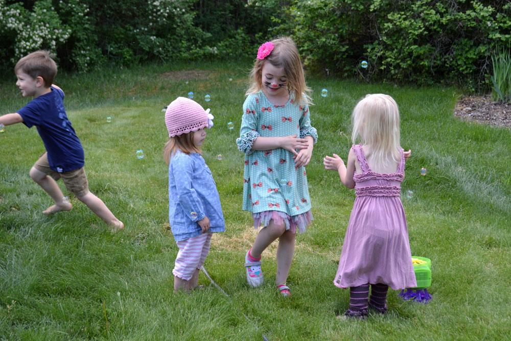 Kids birthday party ideas, treats, and bubbles