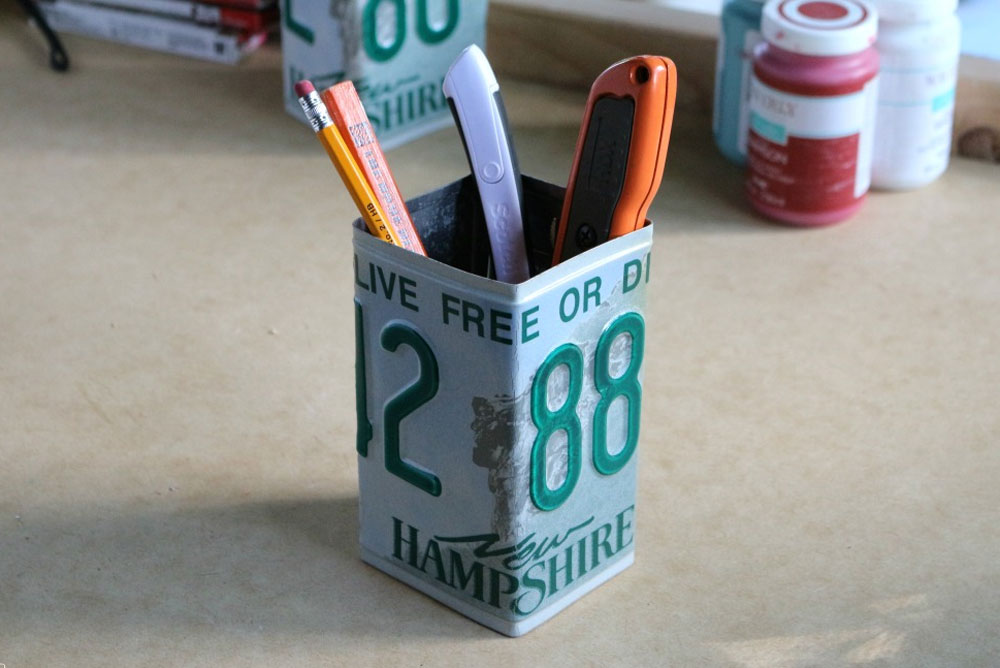 License Plate Pen and Pencil Holder
