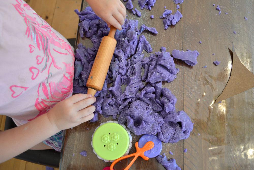 DIY sparkle play dough for kids - Mommy Scene