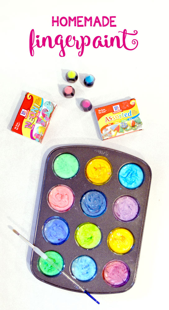 Homemade finger paint for kids with cornstarch and water - preschool activity
