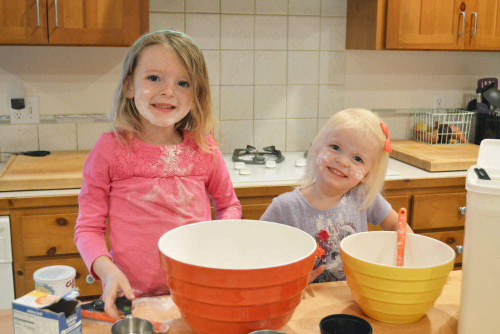 Molly's Suds laundry products girls baking in the kitchen