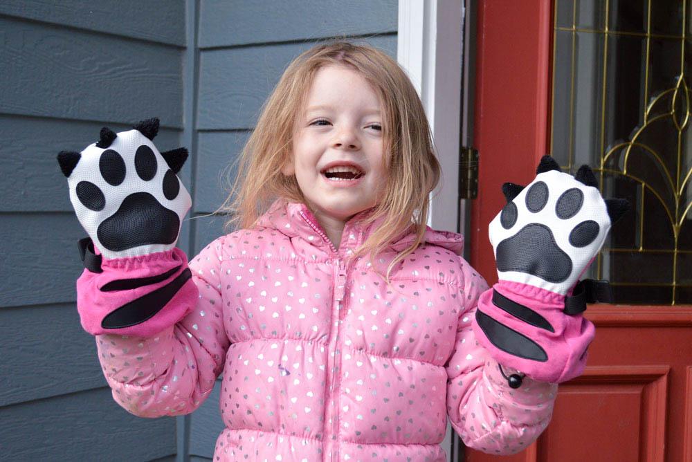 Cozy Tiger Paw Mittyz gloves for kids