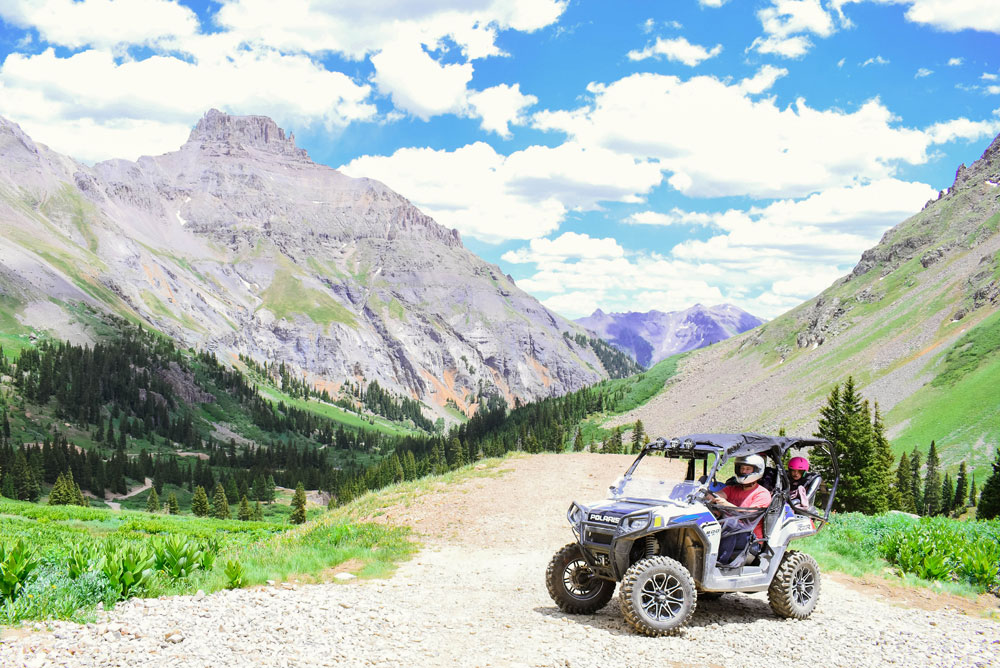 Beautiful mountain views and offroading adventure in Ouray Colorado