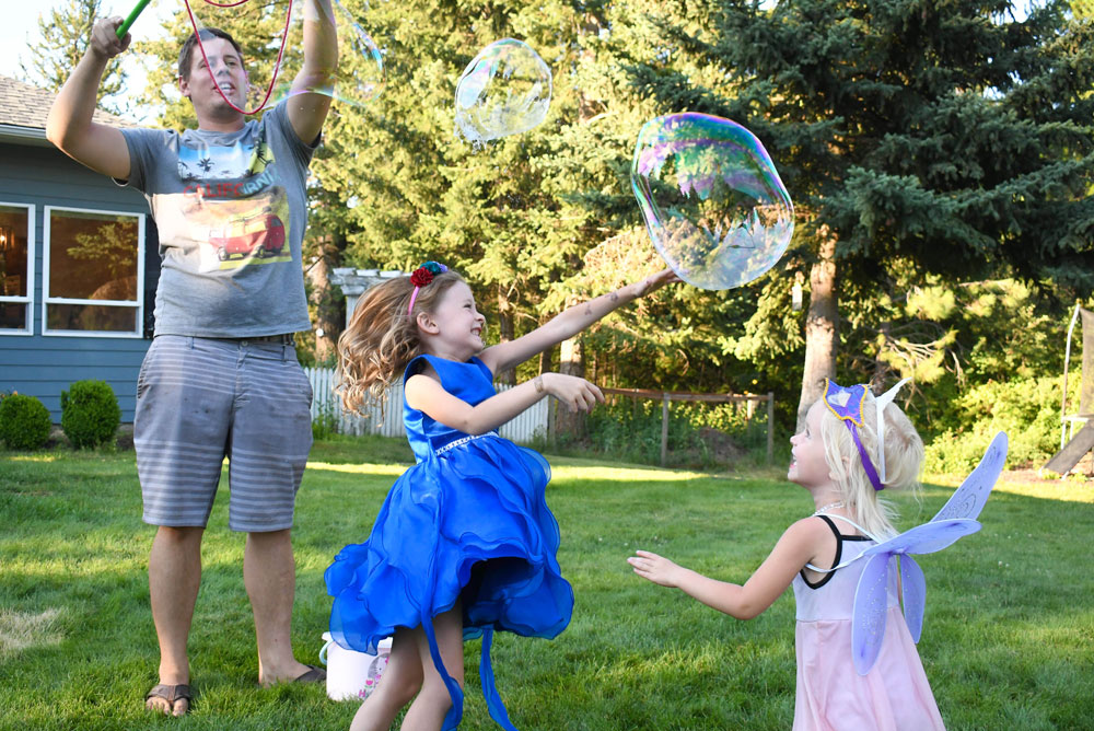 Fun bubbles kids activity from South Beach Bubbles