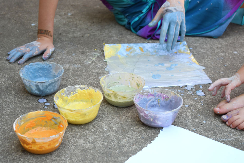 Eco-Friendly finger paint for creative kids