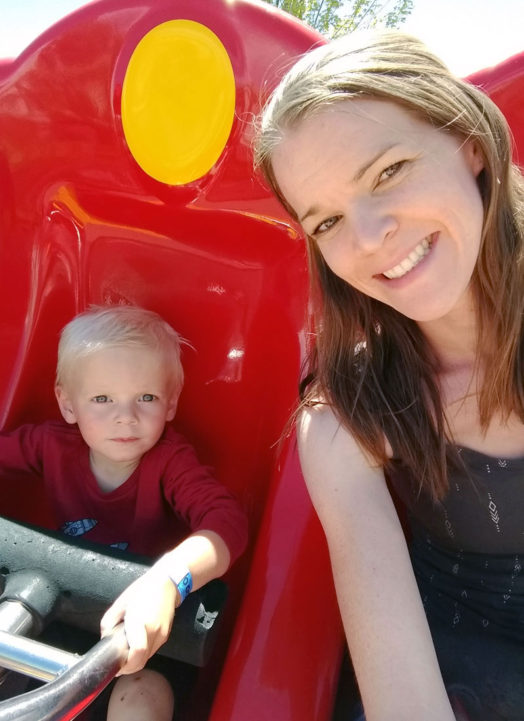 7 Tips for Taking Toddlers to a Theme Park
