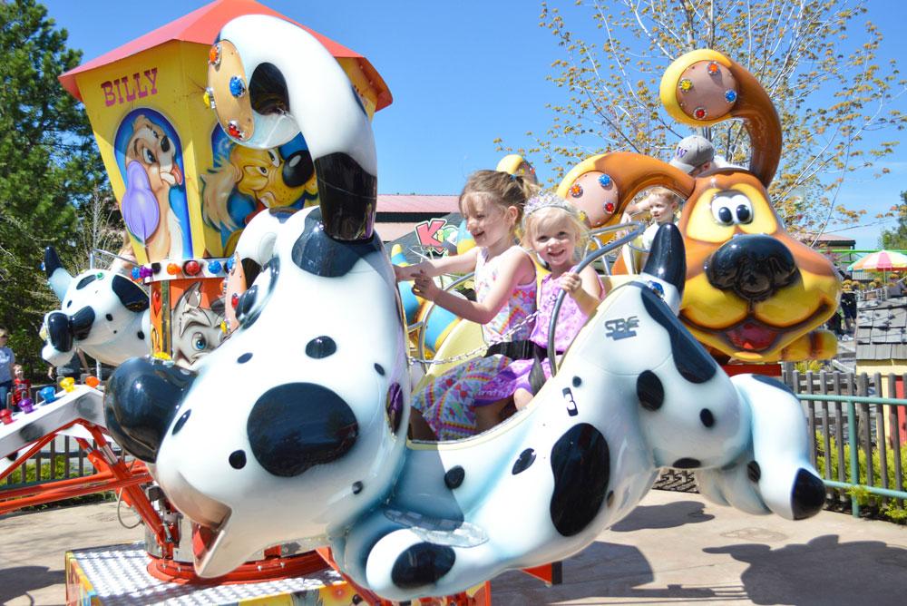 Silverwood Theme Park Puppy-Go-Round
