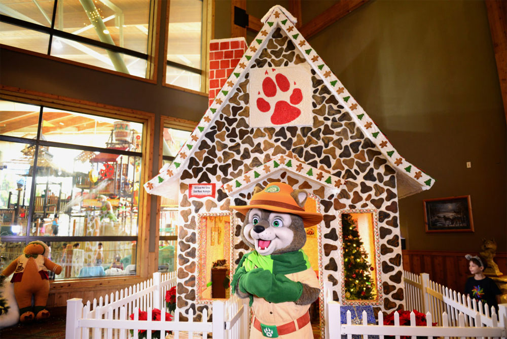 Ring in the howliday season with the annual Great Wolf Lodge Snowland Extravaganza - Life Size Gingerbread House