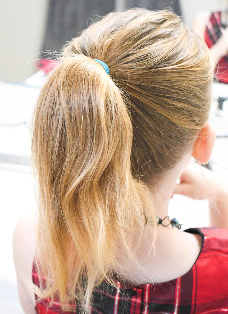 Cute and easy DIY bow hair style