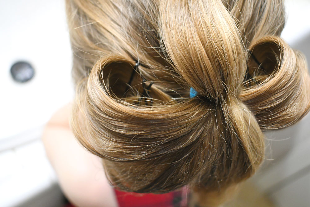 Cute DIY bow hair style