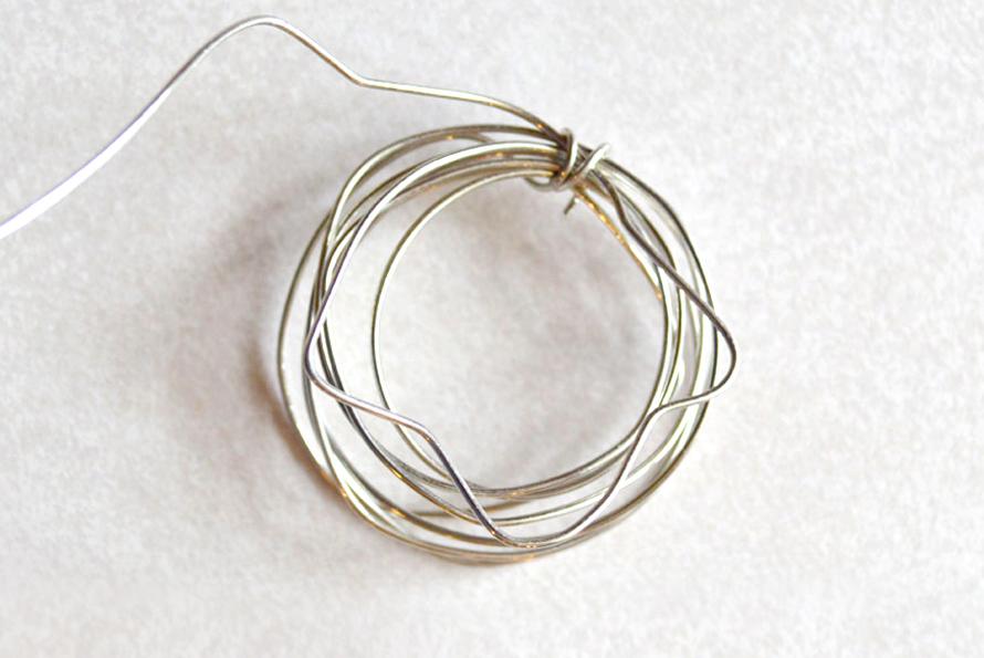 Easy DIY bird's nest necklace