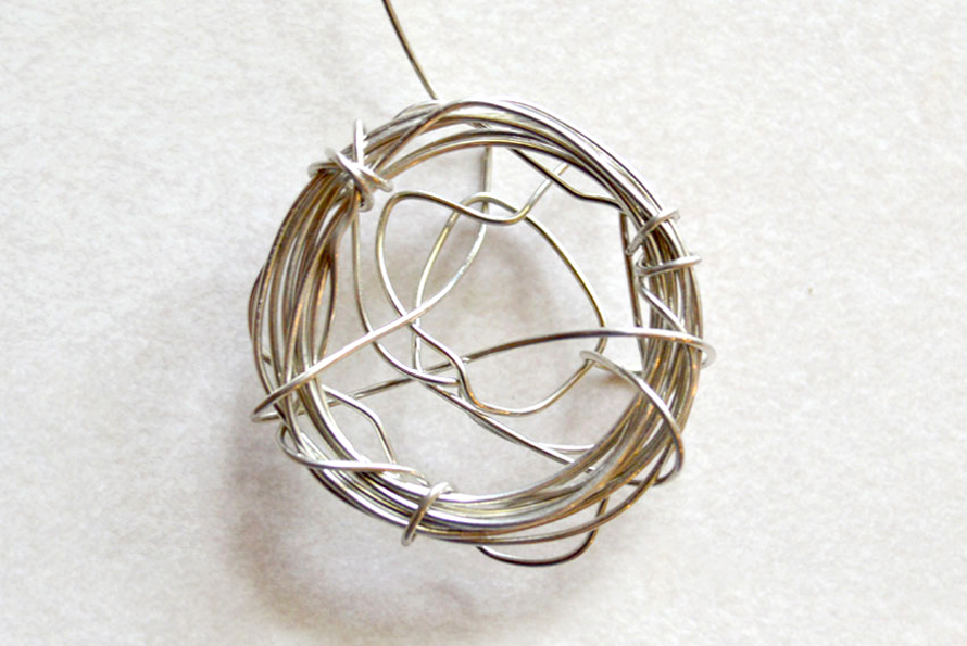 Design a beautiful DIY bird's nest necklace