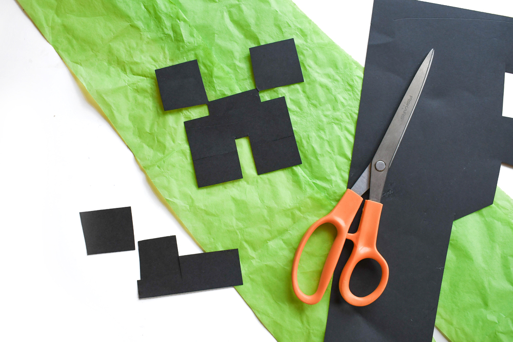 Minecraft Creeper Pinata construction paper face