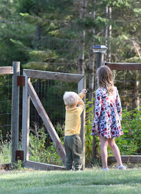 Spring Kids Activities & Nature Hunt